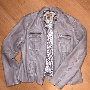 🎀 NWOT grey faux leather jacket 🎀